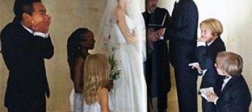 Появились новые свадебные фотографии Джоли и Питта