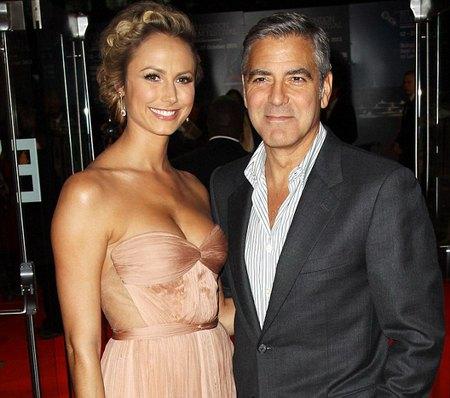 Джордж Клуни с новой подружкой Стейси Киблер
