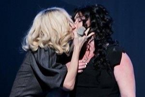 """Лолита назвала себя """"нательной иконкой гомосексуалов"""""""