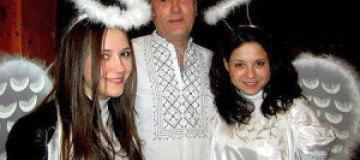 Ющенко устроили веселое Рождество в Карпатах