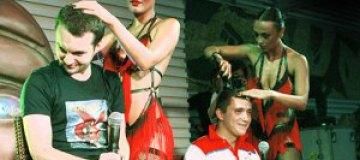 Даша Астафьева побрила поклонников налысо во время выступления