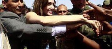 Анджелина Джоли побывала в Ливии