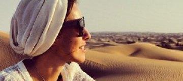 Собчак с мужем отметила день рождения в пустыне