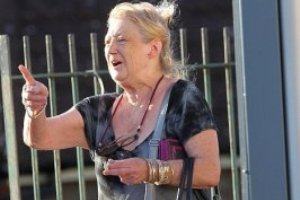 71-летняя любительница гангста-рэпа доконала соседей