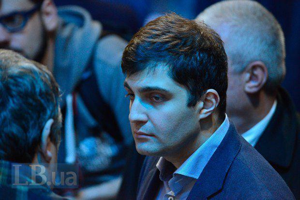 Кстати, обаятельному грузину всего 34 года и он рассказал, что не прочь найти себе в Украине жену...