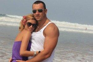 Ксения Бородина с бойфрендом попали в аварию