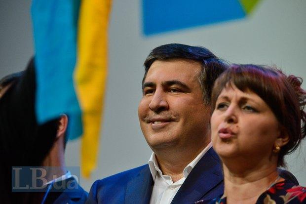 Одесский губернатор был нарасхват и купался в лучах славы