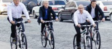 Кернес и Добкин пересели на велосипеды