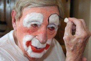 Самому старому в мире клоуну исполнилось 95 лет