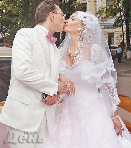 Как утверждает Волочкова, бывший муж снова предложил ей пожениться