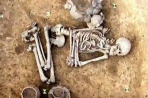 Археологи раскопали могилу доисторического гея