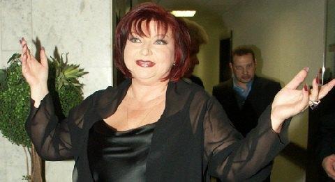 Елена Степаненко требует у Петросяна книги про оккультизм и сексуальность