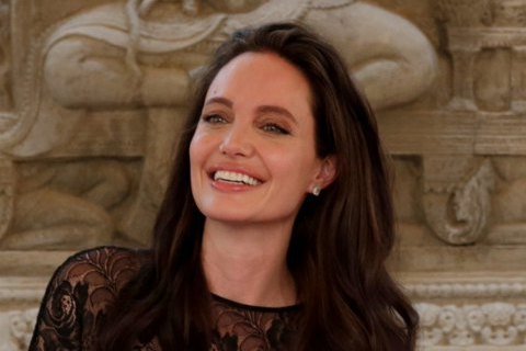 Анджелина Джоли призвала всех к интернационализму