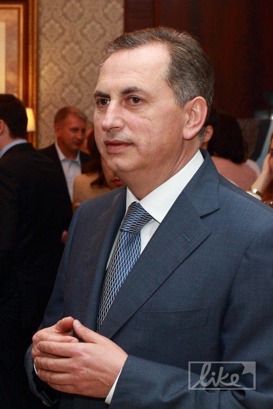 Борис Колесников