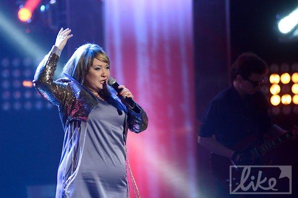 инеш певица фото