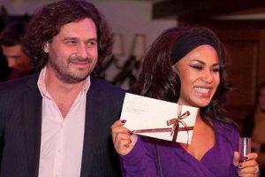 Гайтана выходит замуж за женатого