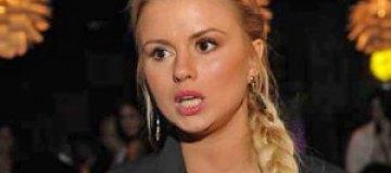 Анна Семенович беременна?