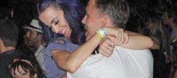 Кэти Перри целуется с новым бойфрендом
