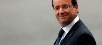 К любовнице Олланда приставал женатый Саркози