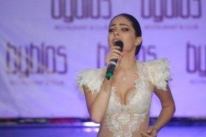 Маша Собко презентовала клип в откровенном платье