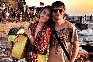 Дмитрий Ступка обручился со своей девушкой