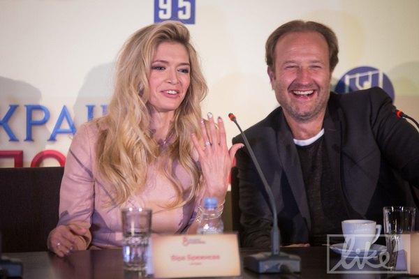"""Режиссер Мариус Вайсберг отметил, что со времени съемок в """"Любви в большом городе"""" Брежнева сильно выросла как актриса"""