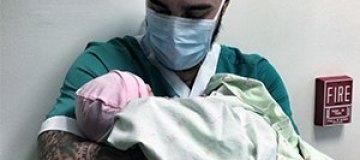 Тимати стал отцом девочки