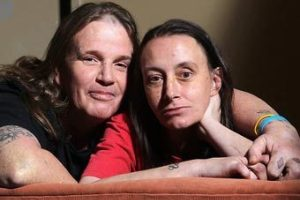 Австралийскую пару арестовали за громкий секс