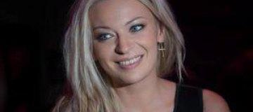 Alloise стала лучшей украинской исполнительницей