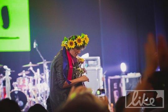 Украинский подарок для рок-певицы из России