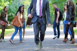 В Швейцарии создали носки для ходьбы по улице