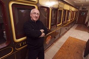 Британец построил дом вокруг вагона поезда