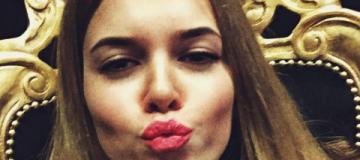 14-летняя сестра замминистра Деевой хвастается в соцсети брендами и путешествиями
