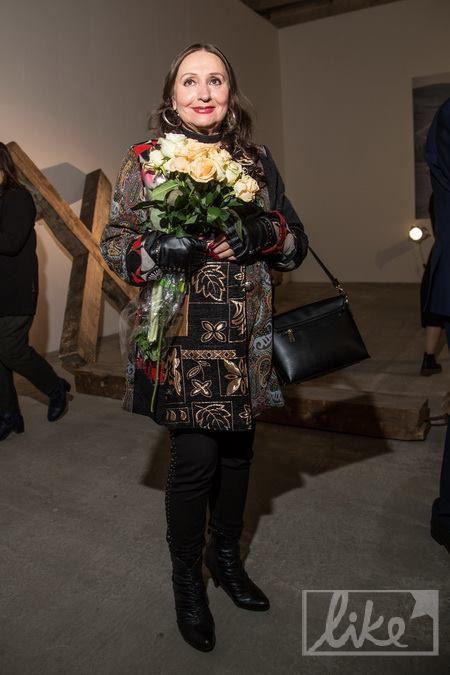 Наряд Кадочниковой в этническом стиле был на зависть юным модницам