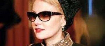 Рената Литвинова приняла участие в Марше скорби по Борису Немцову