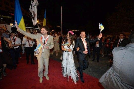 Гайтана и Эдуард Клим на красной дорожке конкурса