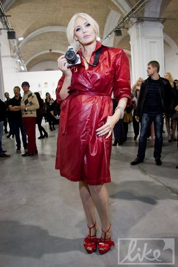 Светлана Вольнова в образе фотографа