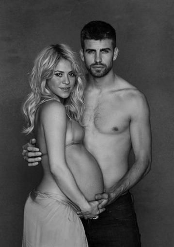 """Шакира: """"Мы бы хотели отпраздновать предстоящее рождение нашего первого ребенка со всеми вами"""""""