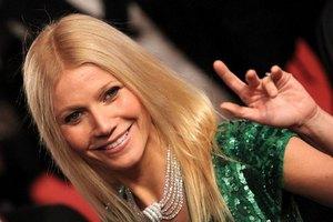 Пэлтроу признали самой красивой женщиной года
