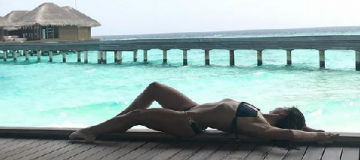 """Победительница """"Танцев со звездами"""" радует поклонников снимками с отдыха на Мальдивах"""