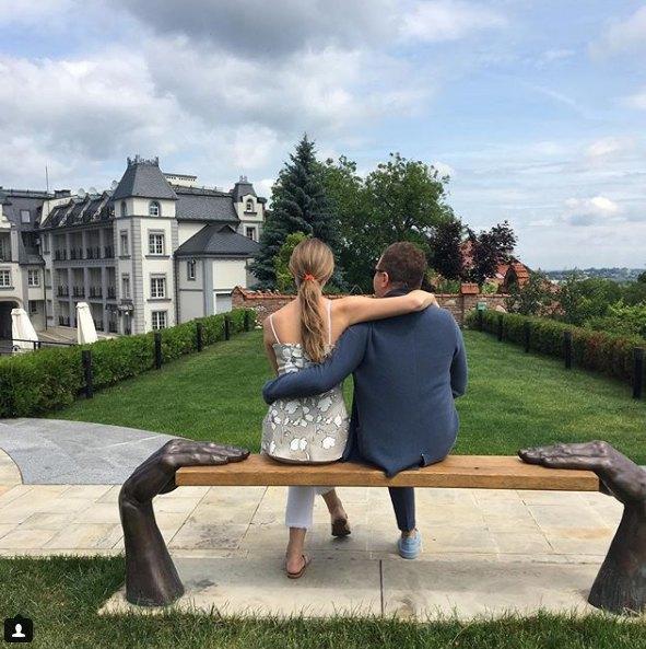 Катя и Юрий были знакомы 10 лет, но встречаться начали лишь летом 2016-го
