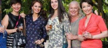 Одиозные регионалки Елена Бондаренко и Елена Лукаш засветились на празднике у Бережной