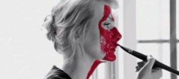 47-летняя Рената Литвинова показала лицо без макияжа