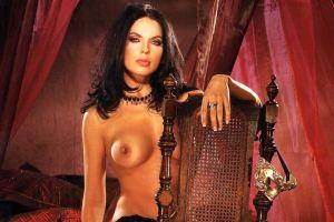 Модель Playboy займется пиаром Лавры?
