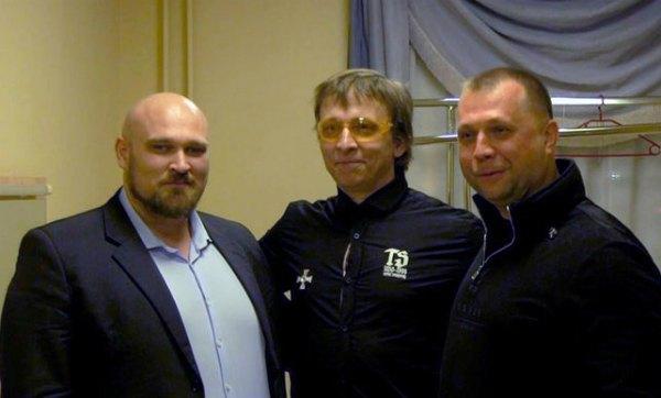 Иван Охлобыстин и Александр Бородай (справа)