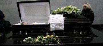 Похороны жены Пороховщикова сняли на видео