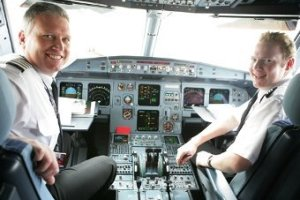 Австралийский пилот забыл выпустить шасси из-за смски