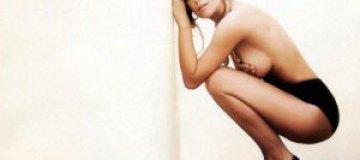 Жозефина Поусо снялась топлесс для журнала SH