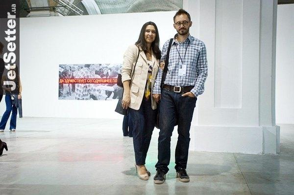 """Владелец """"Я-Галерея"""", музыкант Павел Гудимов с супругой"""