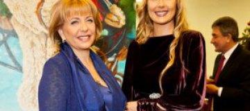 Катерина Ющенко собирала деньги для детей-инвалидов